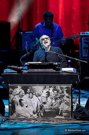 Donald Fagen, Freddie Washington of Steely Dan